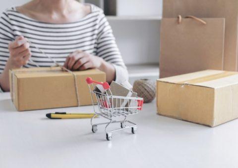 Giá thùng carton