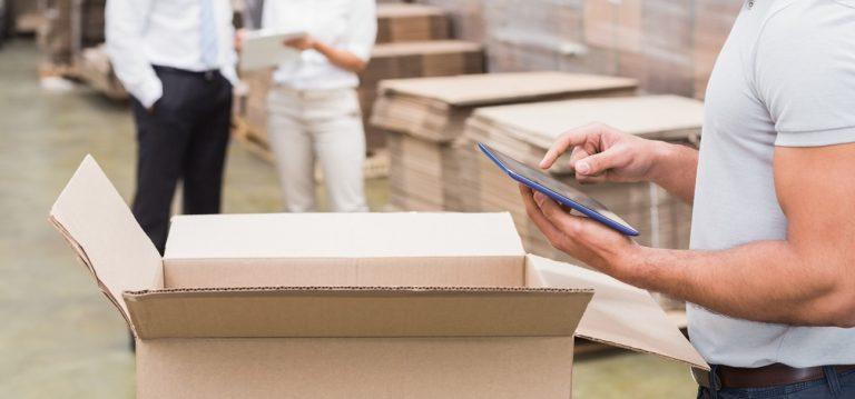 Linh hoạt sản xuất thùng carton